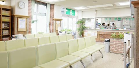 みわ記念病院待合ホール